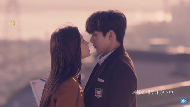 Em trai quốc dân Yoo Seung Ho cười ngọt hơn nắng trong teaser My Strange Hero - Ảnh 2.
