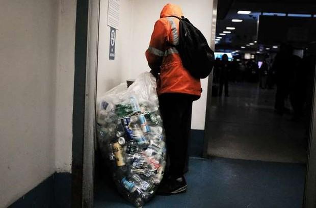 Người nghèo và vô gia cư ở Mỹ sống như thế nào? - Ảnh 11.