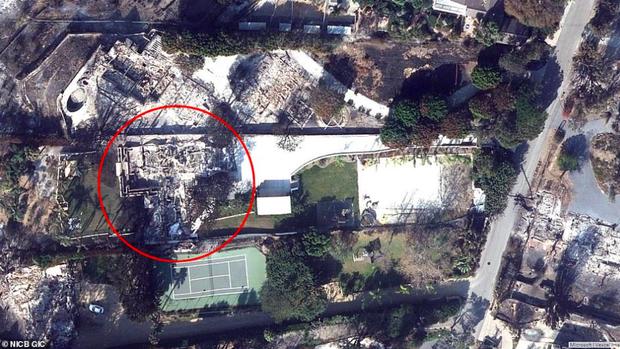 Loạt ảnh vệ tinh về khung cảnh hoang tàn tại nhà Miley Cyrus và nhiều sao khác sau đám cháy rừng ở California - Ảnh 6.