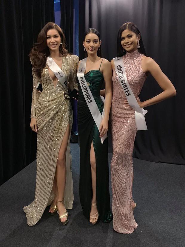 Người đẹp đại diện Phillippines diện váy dạ hội của Minh Tú, thân thiết chụp hình chung tại hậu trường Miss Supranational 2018 - Ảnh 3.