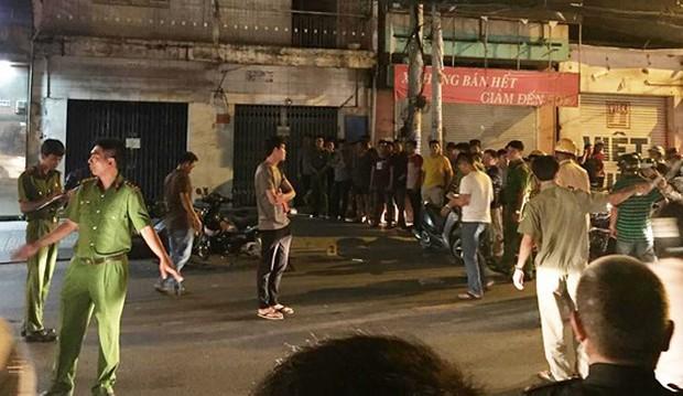 Vụ 5 người trong nhóm hiệp sĩ ở Sài Gòn bị truy sát: Xử lý hình sự hai vợ chồng che giấu tội phạm - Ảnh 3.