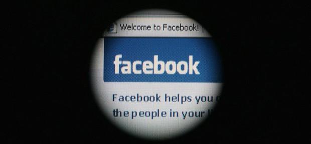 Phụ nữ bị đem đấu giá ngang nhiên trên Facebook: Khi ánh sáng công nghệ trở thành nỗi ám ảnh kinh hoàng - Ảnh 1.