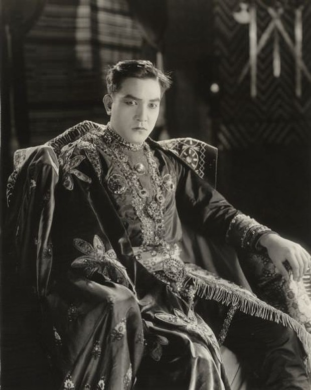 Nam diễn viên đầu tiên được coi là người đàn ông sexy nhất Hollywood là một thanh niên Nhật Bản - Ảnh 4.