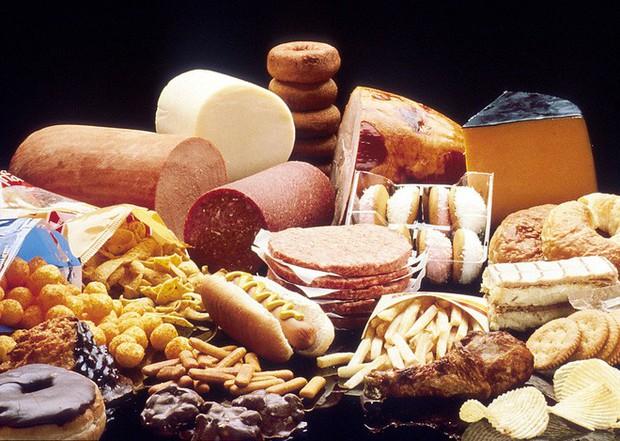 Chất béo bão hòa không tốt cho cơ thể, bạn nên hạn chế ăn những loại thực phẩm này - Ảnh 4.