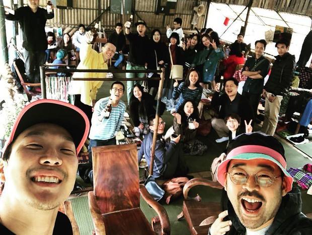 """Đến thăm và diễn show nhiều không tưởng, những nhóm nhạc Hàn đình đám này sắp trở thành """"con đẻ"""" của Việt Nam mất rồi! - Ảnh 17."""