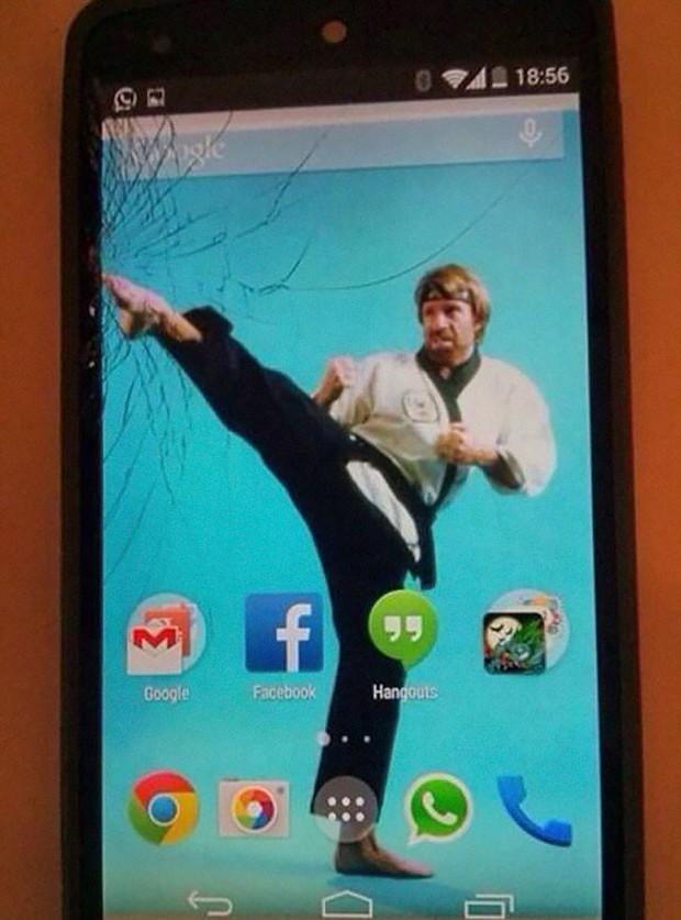 12 cách sửa smartphone vỡ màn hình cực kỳ sáng tạo, không tốn tiền mà còn rất ngầu - Ảnh 4.