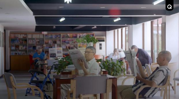 Trung Quốc: Khi cụ bà 71 tuổi vẫn hái ra tiền nhờ làm mẫu ảnh, người ta bắt đầu lo về một nền kinh tế tóc bạc - Ảnh 8.