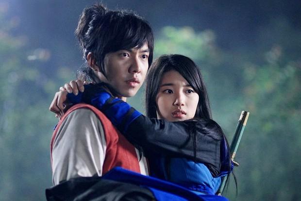 """Chán melodrama, lưu ngay danh sách các phim Hàn """"nặng đô"""" hơn sắp đổ bộ! - Ảnh 9."""
