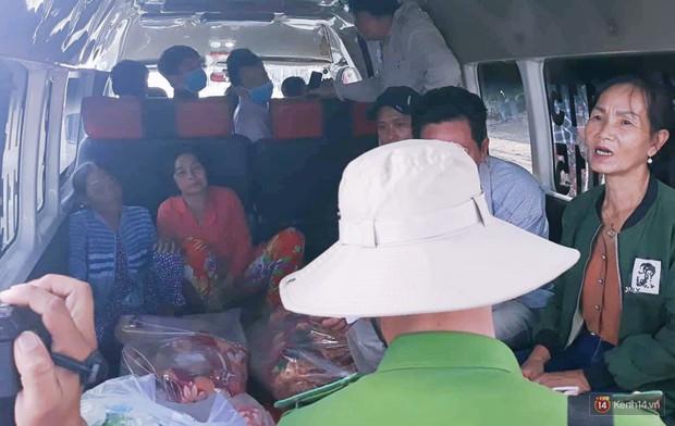 """Vụ cháy xe bồn khiến 6 người chết ở Bình Phước: """"Nhiều người chạy thoát rồi quay lại gào khóc, khung cảnh lúc đó tang thương lắm"""" - Ảnh 5."""