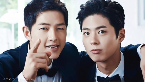 Vợ cặp kè chính cậu em thân thiết, đây là cách Song Joong Ki phản ứng khiến Song Hye Kyo phải cười trìu mến - Ảnh 2.
