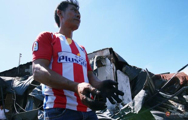 Hiện trường đổ nát sau vụ cháy kinh hoàng ở Bình Phước khiến 6 người tử vong, trong đó có 2 trẻ nhỏ - Ảnh 11.
