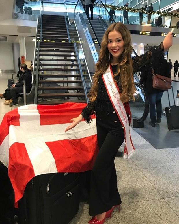 Vượt qua mặc cảm, người đẹp khuyết tật tự tin khoe sắc tại Hoa hậu Siêu quốc gia 2018 - Ảnh 7.
