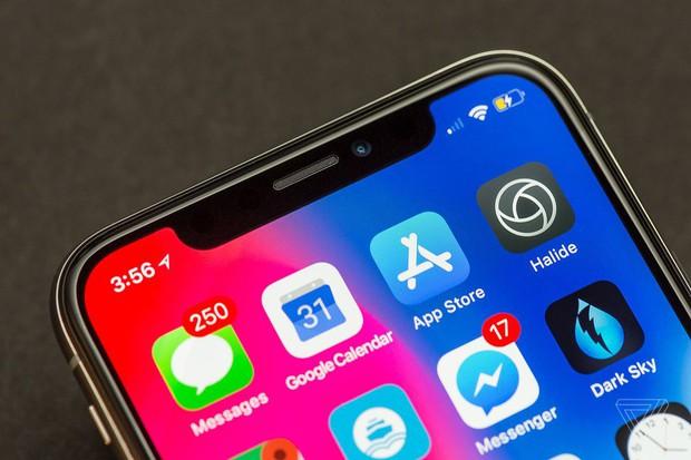 iPhone X chuẩn bị comeback ngoạn mục: Chết rồi lại hồi sinh vì iPhone XS đang ế? - Ảnh 1.