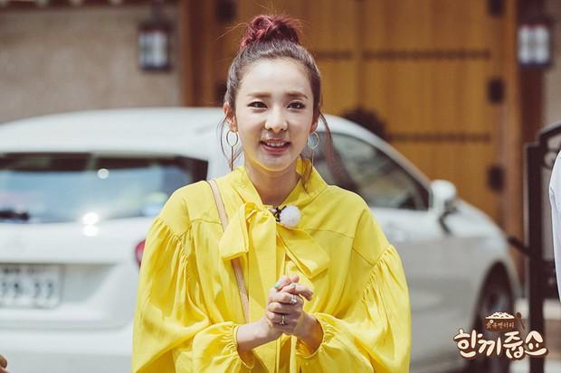 Sao nữ Hàn Quốc khi bị nhắc tới tình cũ trên show thực tế: Người vui vẻ, kẻ bật khóc - Ảnh 10.