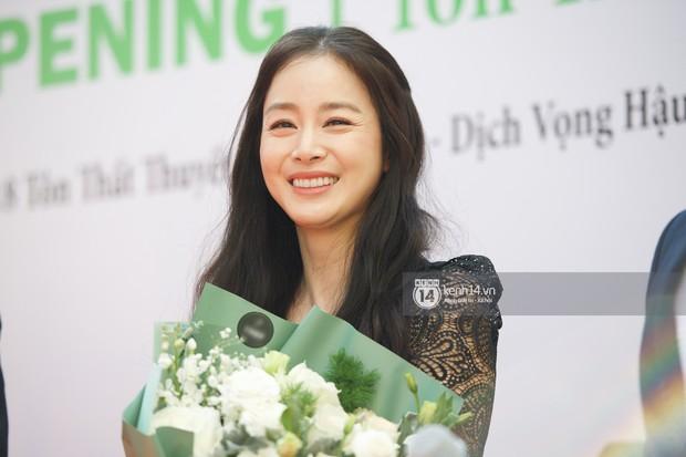 Nữ thần Kim Tae Hee quá xuất thần, thể hiện đẳng cấp mỹ nhân đẹp nhất xứ Hàn tại sự kiện Hà Nội - Ảnh 11.