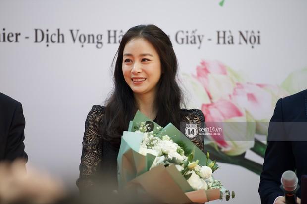 Nữ thần Kim Tae Hee quá xuất thần, thể hiện đẳng cấp mỹ nhân đẹp nhất xứ Hàn tại sự kiện Hà Nội - Ảnh 7.