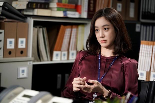"""Các quý cô """"nguy hiểm"""" trong phim Hàn: Hoa hồng đẹp là hoa hồng có gai! - Ảnh 7."""