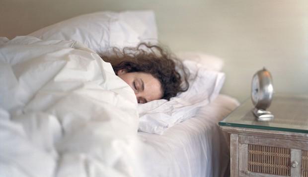 Mùa này rất dễ bị cảm lạnh, cần tuân thủ đúng 5 điều này để giúp ngăn ngừa nguy cơ mắc bệnh - Ảnh 4.