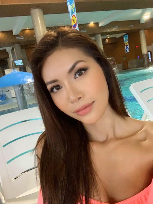 Minh Tú khoe body cực chuẩn trong buổi chụp ảnh bikini cùng dàn mỹ nhân Miss Supranational 2018 - Ảnh 1.