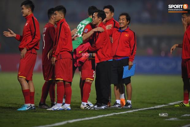 Văn Toàn đối diện nguy cơ nghỉ hết AFF Cup 2018 - Ảnh 2.