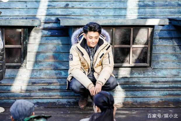 Dở khóc dở cười với nụ hôn không thuận hướng của Hoàng Tử Thao và Trương Tuyết Nghênh trên màn ảnh - Ảnh 10.