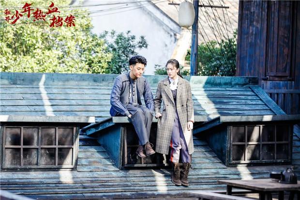 Dở khóc dở cười với nụ hôn không thuận hướng của Hoàng Tử Thao và Trương Tuyết Nghênh trên màn ảnh - Ảnh 3.