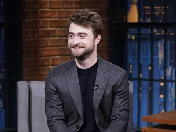 Daniel Radcliffe dứt khoát từ chối đi xem Harry Potter and the Cursed Child nhưng khi biết được lý do thì chẳng ai nỡ trách! - Ảnh 1.