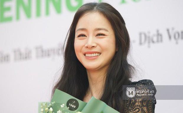 Từ Angelina, Phạm Băng Băng đến Kim Tae Hee: Các nữ thần đẹp nhất showbiz thế giới nay đều lộ những nếp nhăn tuổi tác - Ảnh 10.