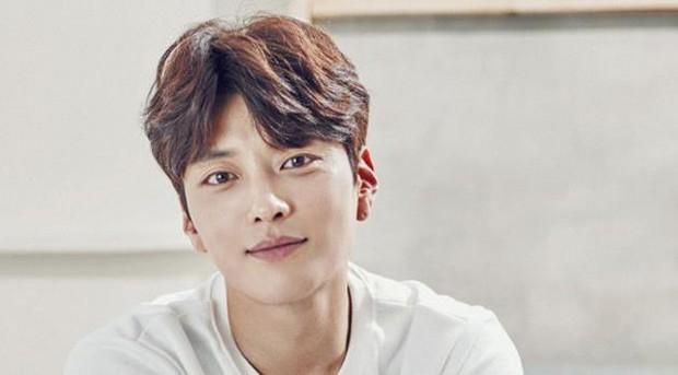 Cẩm nang bỏ túi của phim hot Encounter: Chẳng sợ lưới quan hệ rối rắm giữa Song Hye Kyo - Park Bo Gum nữa! - Ảnh 4.