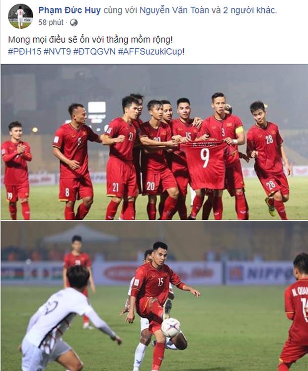 Văn Toàn bật khóc khi đồng đội giơ áo số 9 ăn mừng bàn thắng - Ảnh 4.