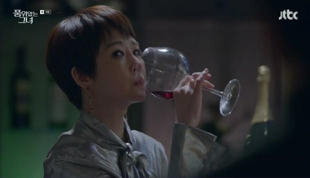 """Các quý cô """"nguy hiểm"""" trong phim Hàn: Hoa hồng đẹp là hoa hồng có gai! - Ảnh 5."""