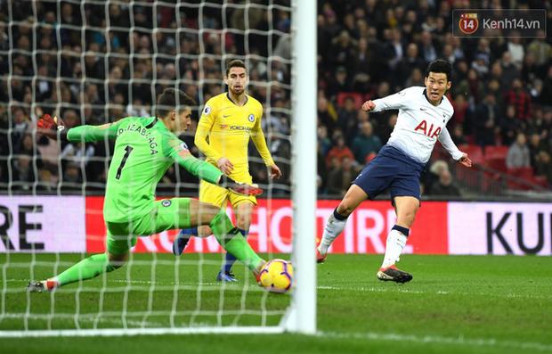 Son Heung-min độc diễn ghi bàn giúp Tottenham bóp nát Chelsea ở giải Ngoại hạng Anh - Ảnh 2.
