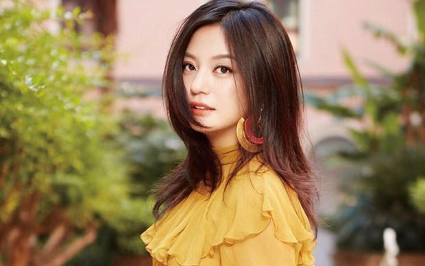 Từ Angelina, Phạm Băng Băng đến Kim Tae Hee: Các nữ thần đẹp nhất showbiz thế giới nay đều lộ những nếp nhăn tuổi tác - Ảnh 24.
