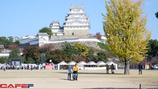 Himeji - Lâu đài hạc trắng không thể bỏ qua khi du lịch đến Nhật Bản - Ảnh 1.