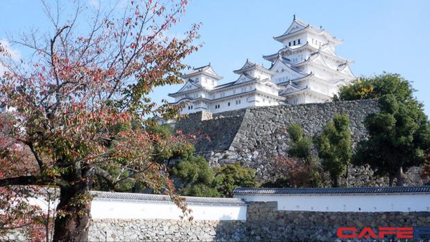 Himeji - Lâu đài hạc trắng không thể bỏ qua khi du lịch đến Nhật Bản - Ảnh 2.