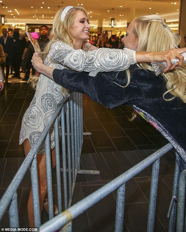 Paris Hilton: Nàng tiểu thư dù hết thời vẫn giữ được nhan sắc đầy trẻ trung và gợi cảm ở tuổi U40 - Ảnh 3.