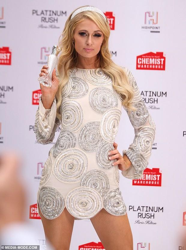 Paris Hilton: Nàng tiểu thư dù hết thời vẫn giữ được nhan sắc đầy trẻ trung và gợi cảm ở tuổi U40 - Ảnh 7.