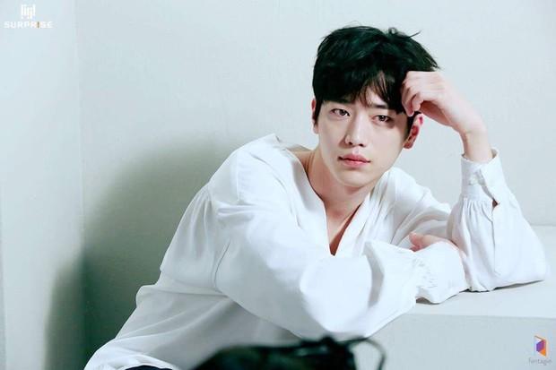 12 diễn viên đình đám xứ Hàn thừa khả năng thành idol: Park Bo Gum và Lee Sung Kyung đặc biệt tài năng - Ảnh 11.