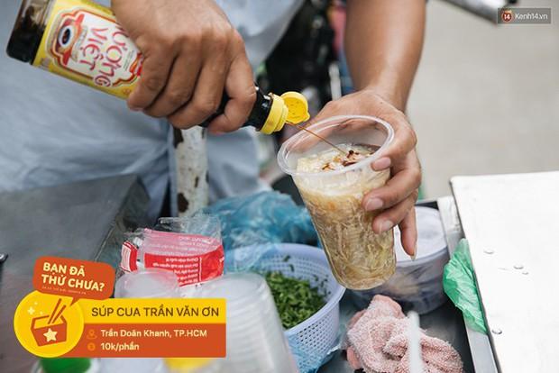 Đặc sản ăn vặt Sài Gòn: độ chất được đảm bảo bằng... tên trường học - Ảnh 7.