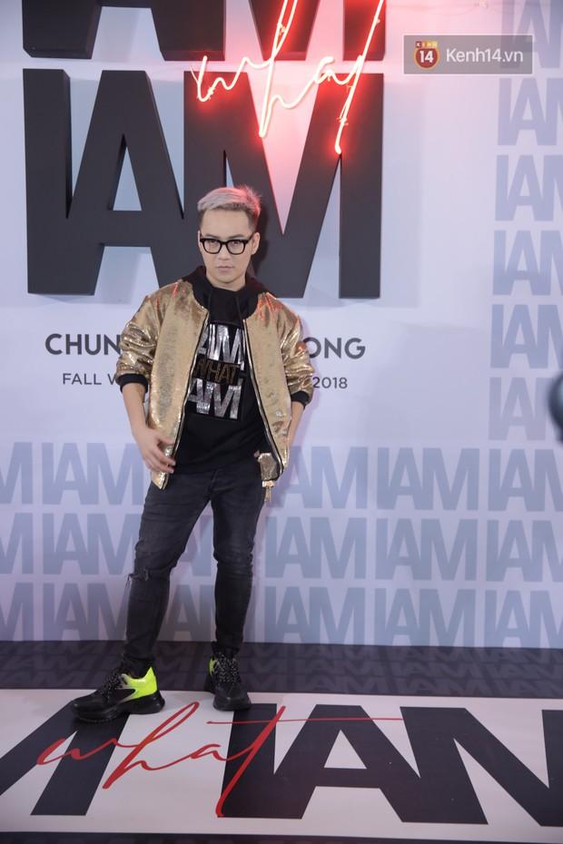 Thảm đỏ show Chung Thanh Phong: Khả Ngân thử style lạ, Quỳnh Anh Shyn giật giũ như chim sẻ đi mưa - Ảnh 38.