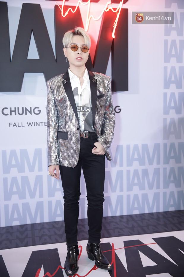 Thảm đỏ show Chung Thanh Phong: Khả Ngân thử style lạ, Quỳnh Anh Shyn giật giũ như chim sẻ đi mưa - Ảnh 39.