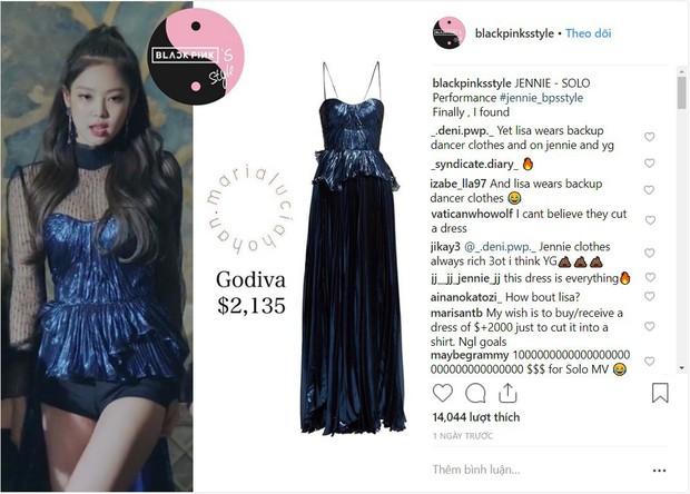 Black Pink: Cắt váy 50 triệu cho Jennie nhưng Lisa mặc giống vũ công - Ảnh 4.