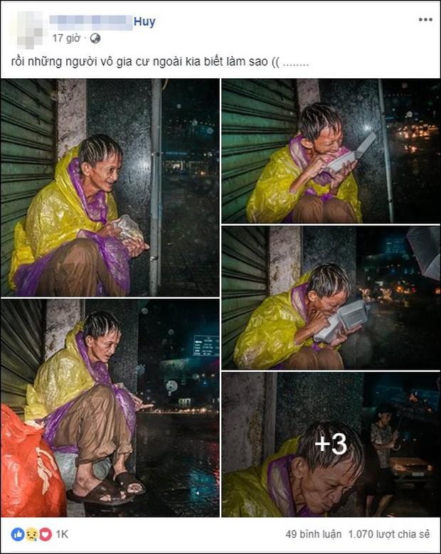 Hình ảnh người đàn ông vô gia cư co ro trên vỉa hè Sài Gòn ngày mưa bão: Chú run lẩy bẩy, gầy còm như bộ xương không hồn - Ảnh 1.