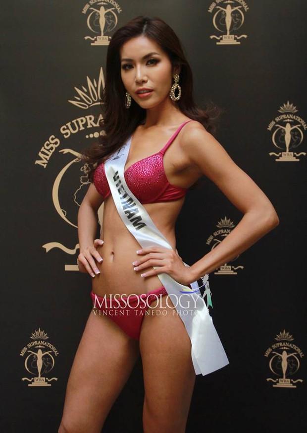 Minh Tú đọ dáng gợi cảm cùng dàn người đẹp Miss Supranational 2018 trong phần thi áo tắm - Ảnh 4.