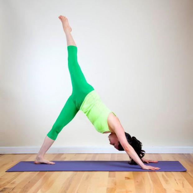 """12 bài tập Yoga giúp thanh lọc cơ thể """"cực nhanh"""", tập ngay kẻo muộn - Ảnh 9."""
