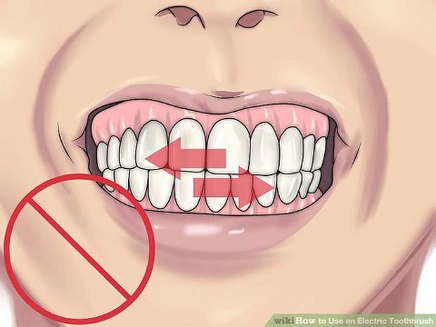 5 kiểu đánh răng gây ảnh hưởng không nhỏ tới hàm răng mà đa số người hay mắc phải - Ảnh 2.
