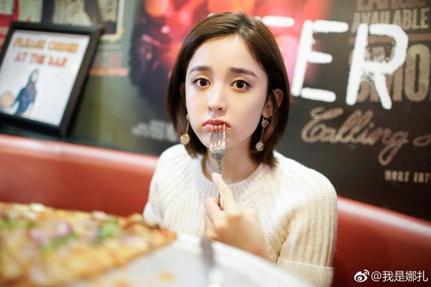 Cô gái 20 tuổi mắc bệnh ung thư dạ dày giai đoạn cuối chỉ vì thói quen mà giới trẻ rất hay mắc phải - Ảnh 4.