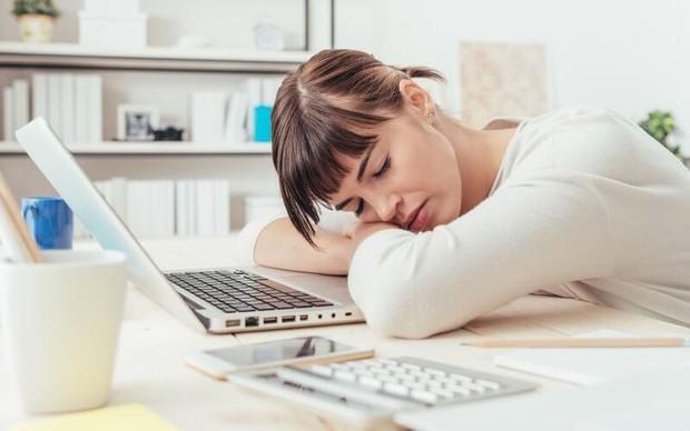 Dân văn phòng hay căng thẳng có nguy cơ đối mặt với hàng loạt vấn đề sức khỏe sau - Ảnh 5.