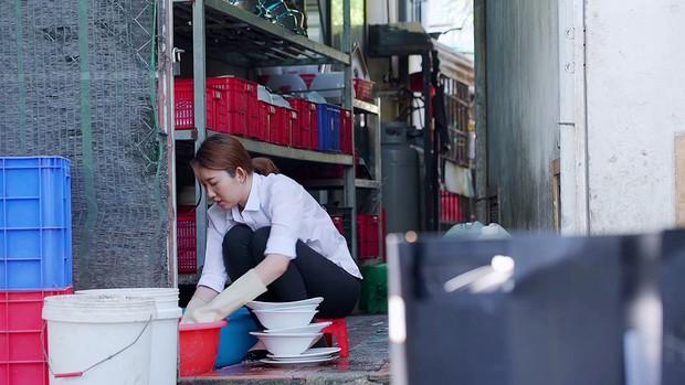 Gạo Nếp Gạo Tẻ: Bị Kiệt khước từ tình cảm, Hân âm thầm bỏ nhà ra đi - Ảnh 9.