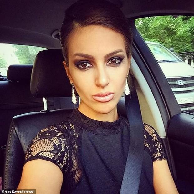 Cựu hoa hậu Nga làm đám cưới với quốc vương Malaysia, chia sẻ rằng đàn ông không được kiếm ít tiền hơn phụ nữ - Ảnh 6.